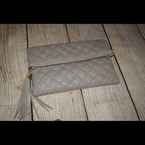 Handbags - Small clutch with zipper top